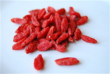 benefits of goji berry, goji facts, organic goji berries, goji berries benefits